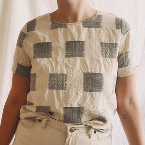 Böhme Woven Square Pattern Button Back Top